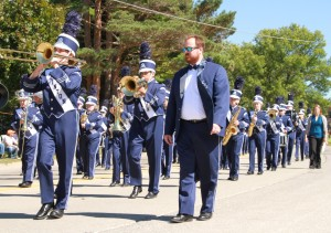 Clinton High School band participates in annual parade