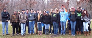 FFA students hiked to identify trees at Carver Roehl Park