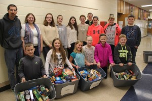 Clinton students demonstrate generosity, goodwill during holidays