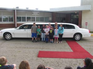 Clinton students rewarded with 'Paw Pride' limo ride