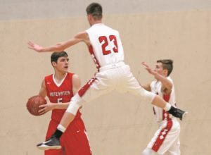 Boys drop back-and-forth battle with Whitewater