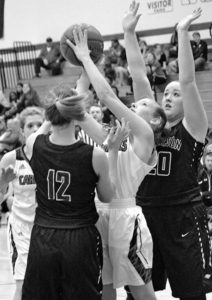 Lady Cards remain winless in conference