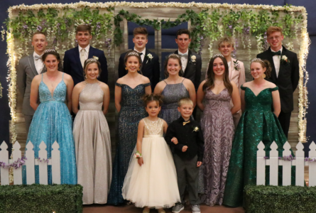 Junior Prom goes on at Brodhead High School